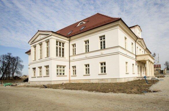 Pałac-okolice-Strzegomia